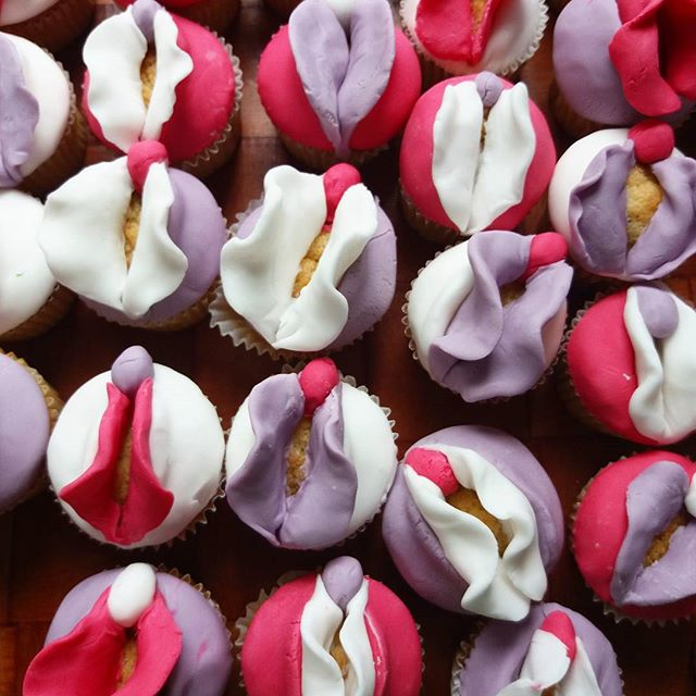Vulva Cake Decorating - International Women's Week